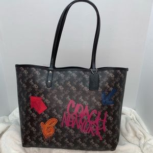 Coach Bags - COACH Reversible Tote Horse&Carriage-NY Graffiti